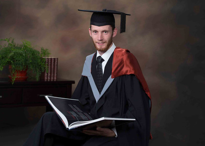 Quality Beverley Studios portraits of University graduation and polytech graduations
